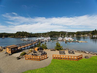 Snug Harbor Resort | Mitchell Bay Waterfront Accommodations