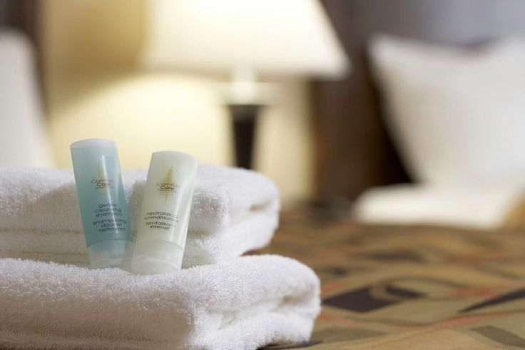 Interior Hotel Photography Bathing Products on Bed [BP imaging - Bochsler Photo Imaging]