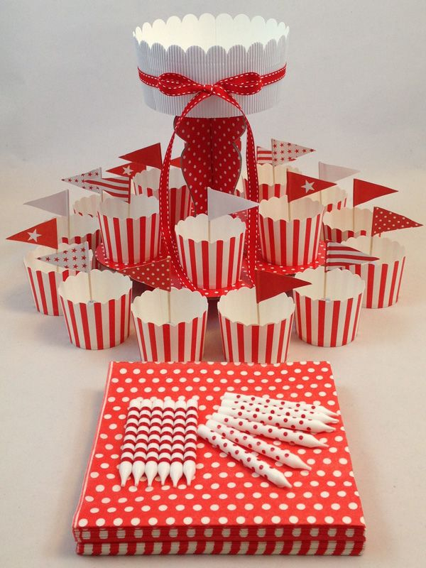 Red Candy Stripe Mini Kit. Click here http://www.icingonthecakekits.com/item_51/Red-Candy-Stripe-Mini-Kit.htm $24.95