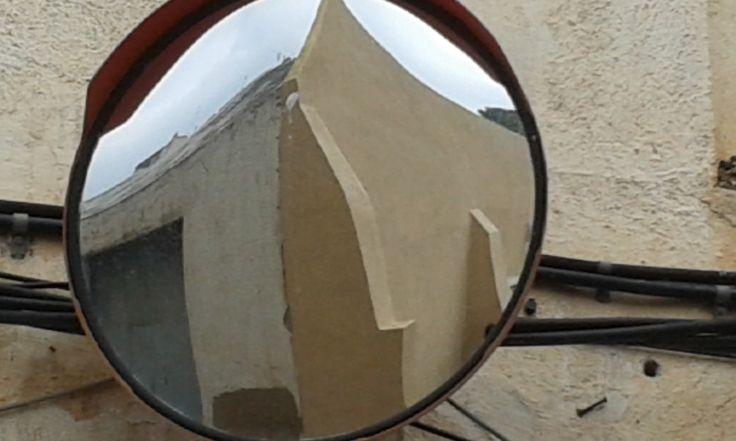 un forat (mirall)