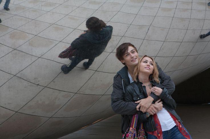 LOL Movie. Lola and Kyle