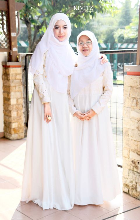 KIVITZ: Holy Sparkle on Eid 1434 H  Chomel (bu & anak)