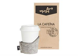 LA CAFEINA - GREY Coffee lovers everywhere will love Art Hide's new Cafeína cowhide coffee cup holders. Designed for take away coffee, the Cafeína not only looks super stylish, but also keeps coffee warmer for longer and ensures you don't burn your hands! The Cafeína is available in a range of gorgeous Art Hide signature leathers and comes packaged in a rustic coffee bean style paper bag
