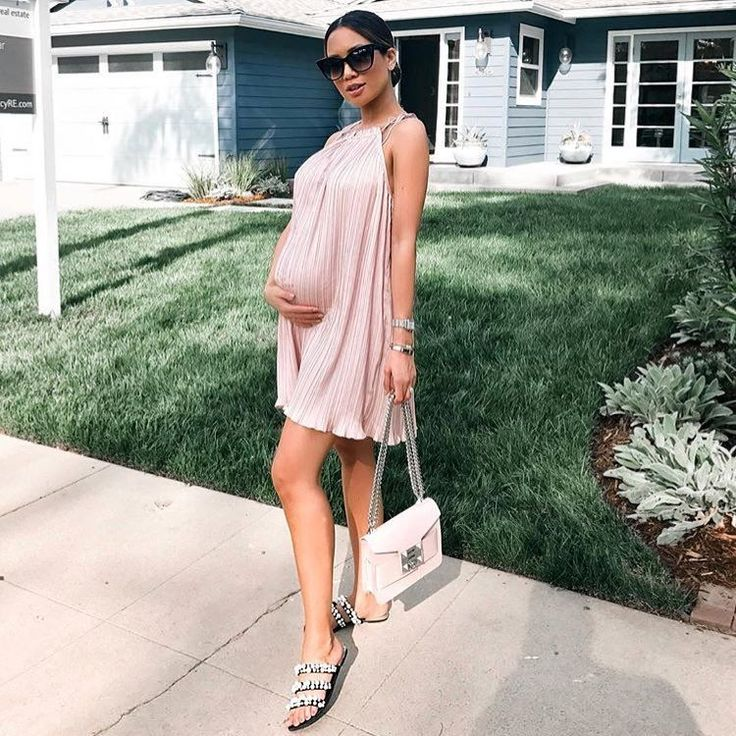 "444 curtidas, 3 comentários - The Fashion Bump (@thefashionbump) no Instagram: ""@jessimalay looking stunning in this dressTap for brand #thefashionbump"" #pregnancydress,"