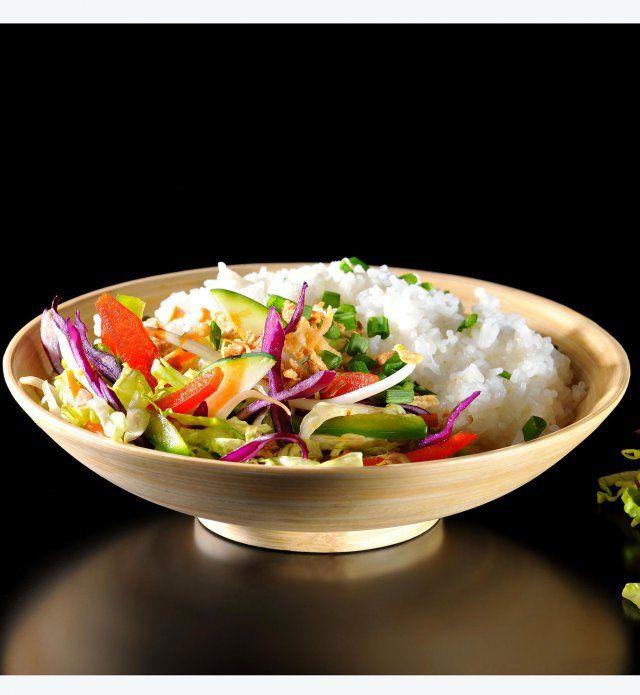 Un wok de légumes croquants au riz - Cosmopolitan.fr