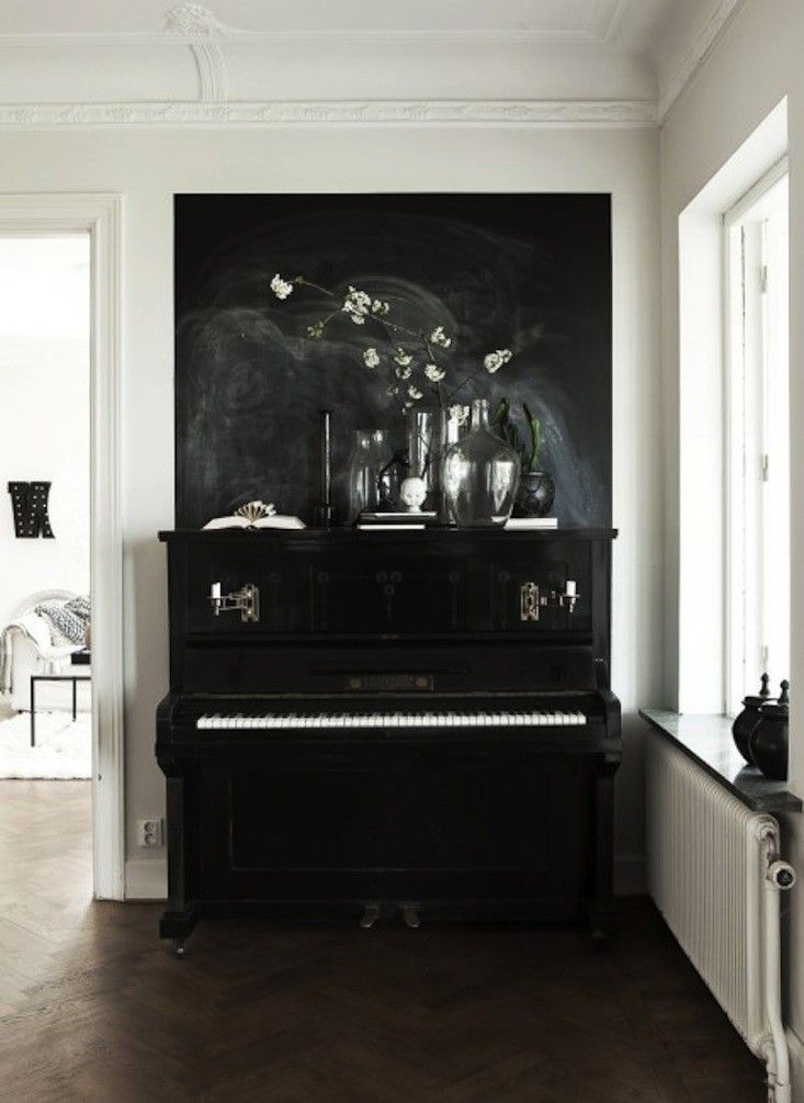 This Piano Belongs to Photographer and Stylist Daniella Witte I Remodelista