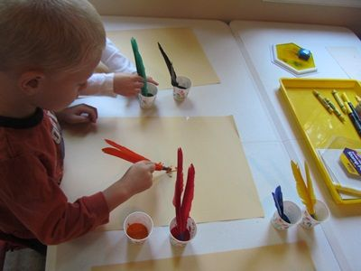 painting with feathers - mark making - bird topic