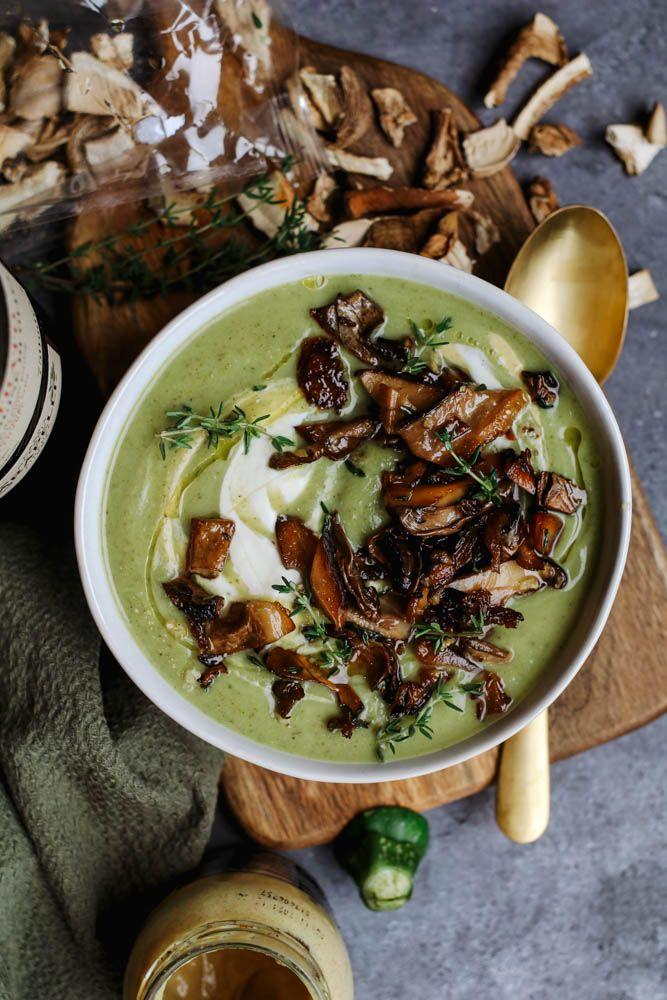 Broccoli Courgette Soep Met Gebakken Eekhoorntjesbrood Beaufood Courgette Soep Soep Voedsel Ideeen