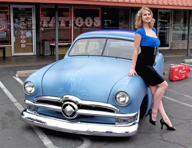 Best Pinups Images On Pinterest Drawings Pin Up Girls And