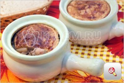 Жаркое в горшочках. Пошаговый кулинарный рецепт с фотографиями приготовление жаркого в горшочке с тестом.