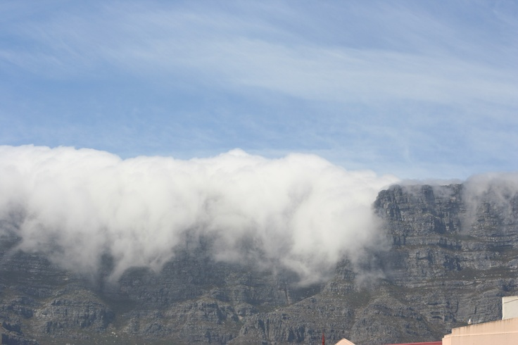 Table mountain (My first time seeing it with the cloth) DES 2012