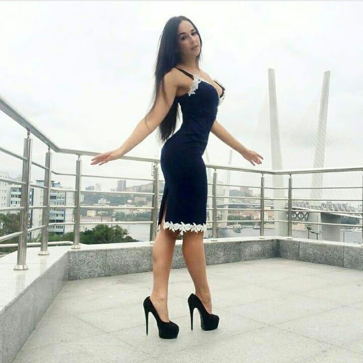 "361 Likes, 5 Comments - LEGSTOCKINGIRLS (@legstockingirls) on Instagram: ""4524 / STUNNING SEXY LEGS @princess.delights #stockings #lingerie #collants #strumpfhose"""