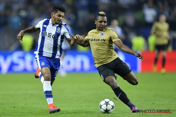 https://flic.kr/p/NQEpJ6 | FC Porto - Club Brugge 02-11-2016 | PORTO, PORTUGAL - NOVEMBER 2 : Jesus Corona of FC Porto in duel with  Jose Izquierdo forward of Club Brugge during the Champions League Group H stage match of FC Porto against Club Brugge at the Estadio do Dragao on November 02, 2016 in Porto, Portugal, 2/11/2016 ( Photo by Nico Vereecken / Photonews