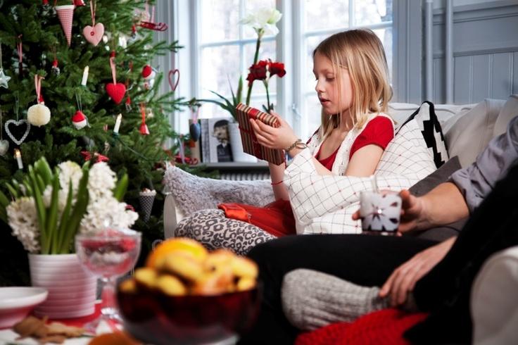 Η νέα χριστουγεννιάτικη συλλογή της ΙΚΕΑ τα έχει όλα, για να κάνετε τις φετινές γιορτές πραγματικά όμορφες!