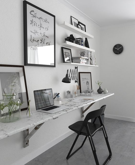 minimalist workspace I black and white workspace I legless desk