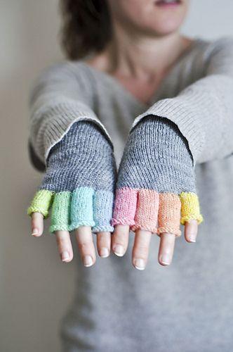 Ravelry: EliseDupont's Rainbow mitts