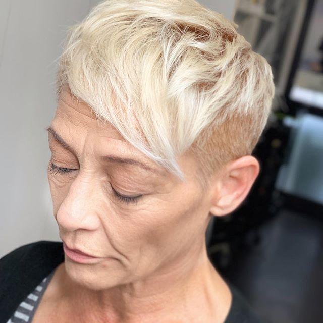 22 Junger Machende Frisuren Fur Dunnes Haar Ab 50 In 2020 Frisuren Dunnes Haar Haarschnitt Kurz Kurzhaarfrisuren