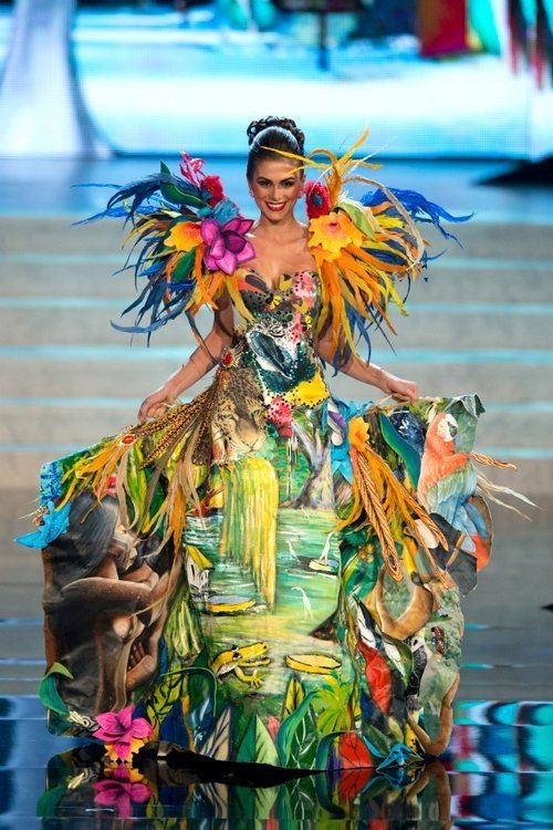 Miss Universe National Costumes 2012, Miss Brazil
