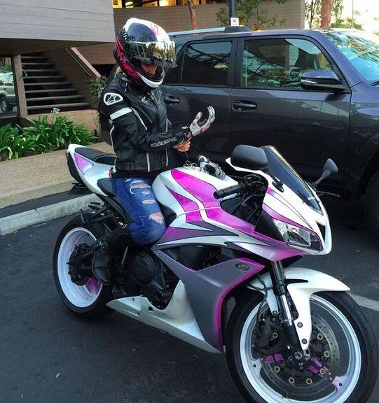 Shoei Seduction RF-1200 Street Bike Racing Motorcycle Helmet 3