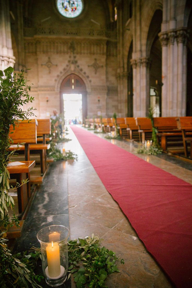 Boda blogger @algonuevoalgoprestadoyalgoazul. Decoración  La Tartana. Basílica San Vicente Ferrer Valencia. Fotografía Leticia Campos y Álvaro Órtiz.