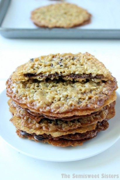 Old Fashioned Oatmeal Lace Cookies with Chocolate