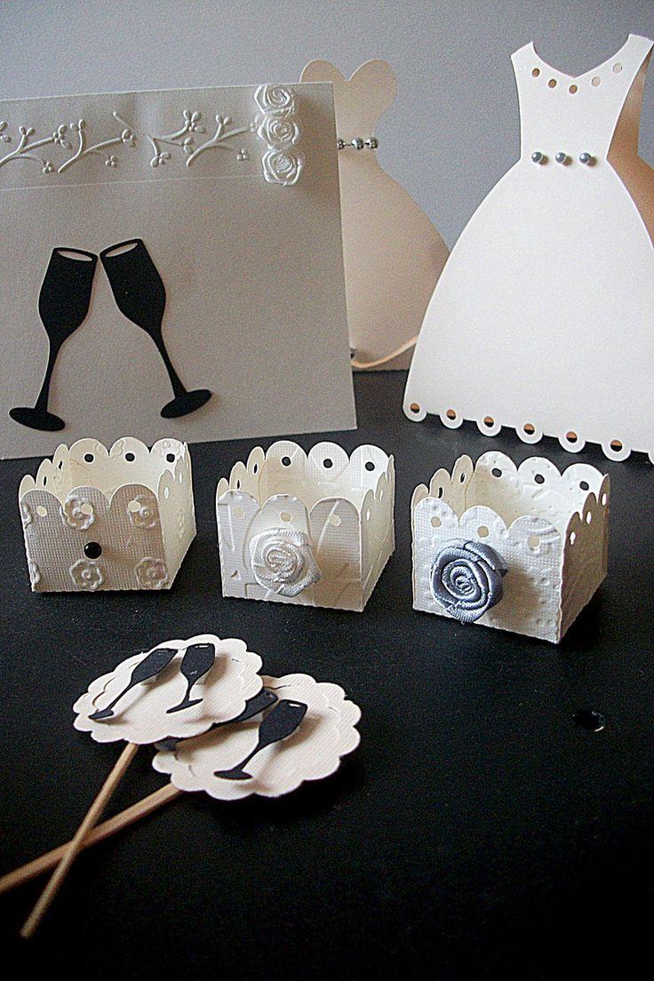 63e454aafac30 Forminhas docinhos para Casamento, feitas com papel alto relevo para  scrapbook 180g.  br
