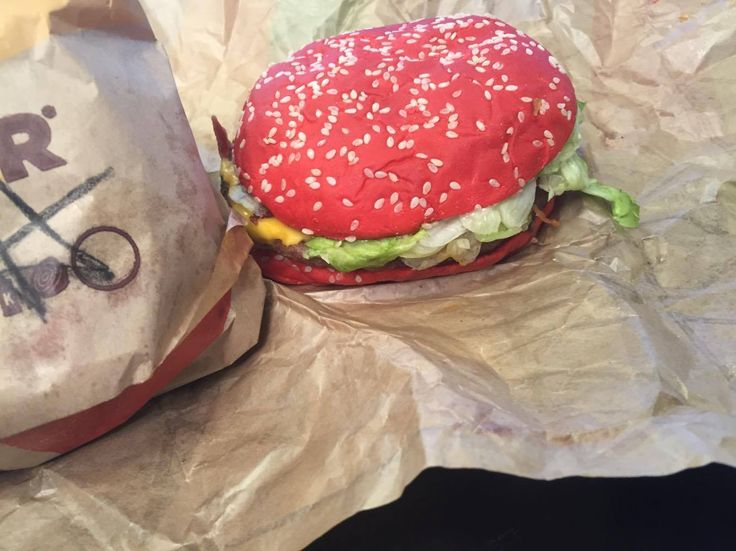 """#manikinhead #food Funny taste testing reactions to Burger King's new """"Angriest Whopper"""" sandwich"""