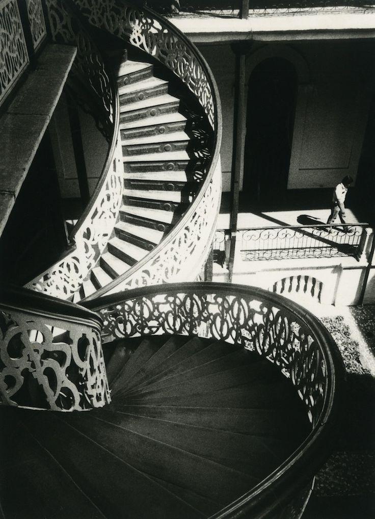 « Cali Clair-obscur », la belle exposition du méconnu Fernell Franco   Actuphoto