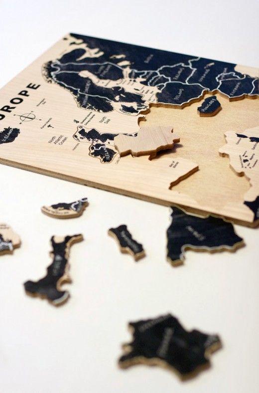 DIY chalkboard jigsaw #puzzle, by Ukkonooa http://diyordie.elleinterior.se/mala-om-ett-pussel/