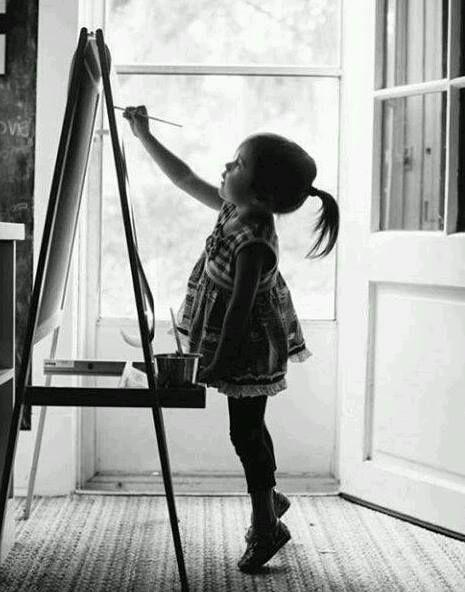 ¿Llegaría a ser artista? Tomada la foto de la página de facebook de Itzmalli Coca.