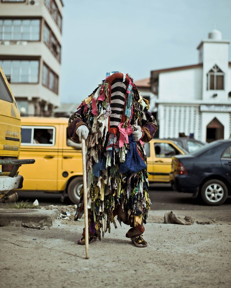 Lagos, entre terre et rêve CRISTINA DE MIDDEL