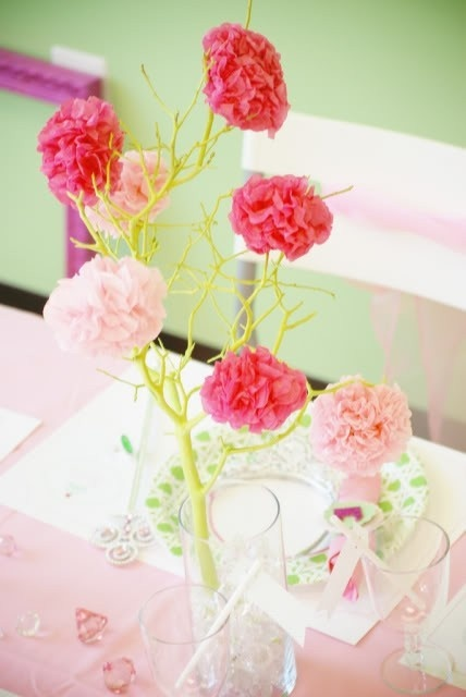 princess: Princesses Birthday Parties, Flower Centerpieces, Paper Flower, Spa Birthday Parties, Parties Ideas, Pom Trees, Princesses Parties, Tables Decor, Baby Shower