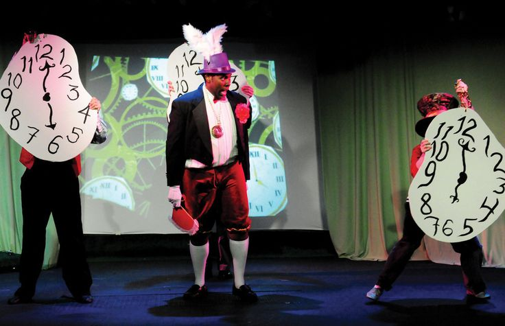 A New Alice In Wonderland Musical Hits Nyc Alice In Wonderland Musical Alice In Wonderland Wonderland
