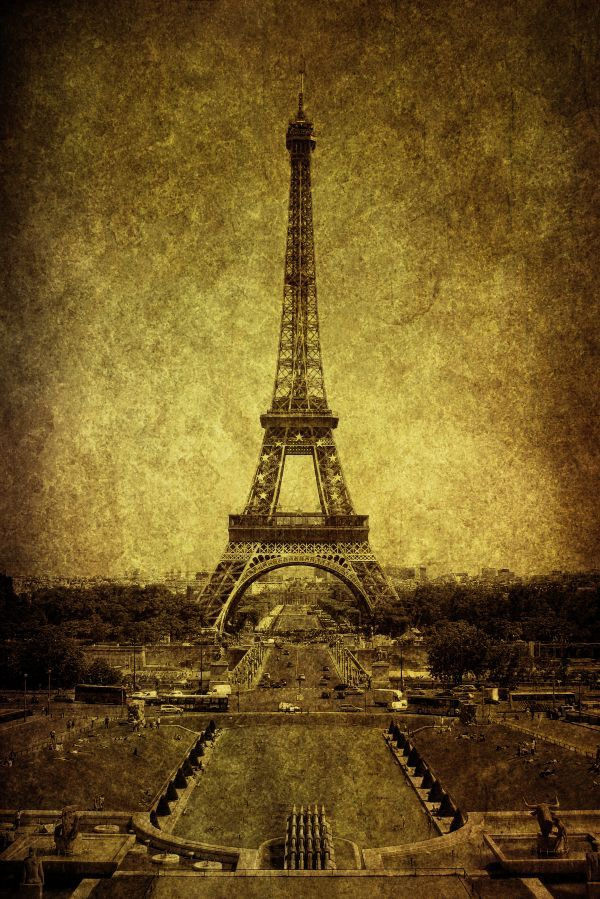 By Andrew Paranavitana on Displate #tower #eiffel #paris #city #urban #vintage #sepia #displate