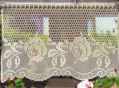 Hobby lavori femminili - ricamo - uncinetto - maglia: tenda