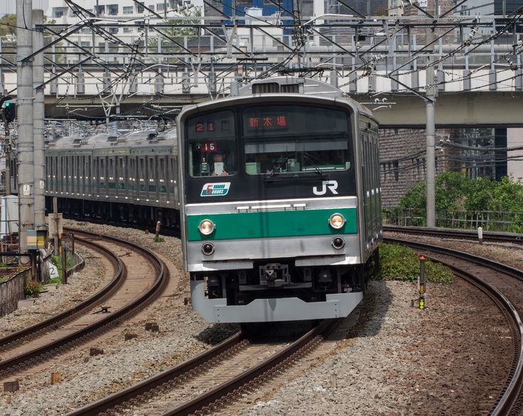 series 205 commuter train/JR-East (Photo by Showa Express)