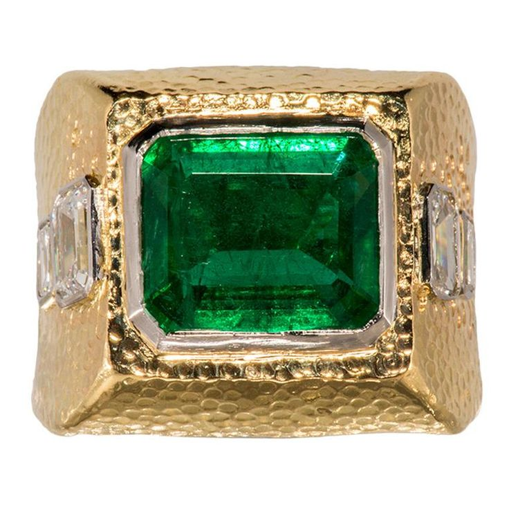 David Webb Emerald and Diamond Ring  - 1stdibs.com
