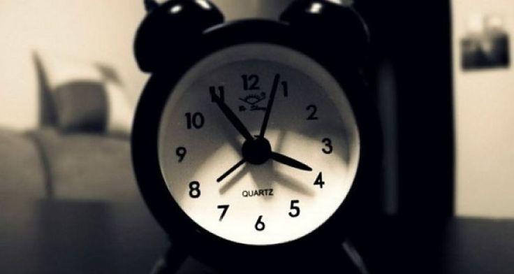 Ce inseamna daca te trezesti noptile intre 1 si 3