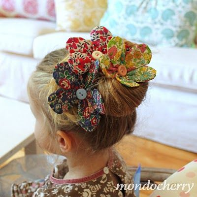Calico fabric flower tutorial.  Bow Dazzling Volunteers, add a single prong curl clip with a felt circle for a cute hair or headband accessory.