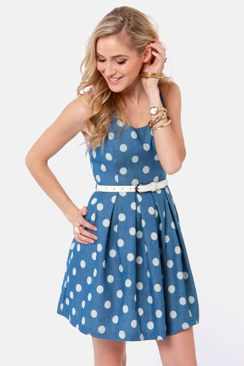 Blue Polka Dot Dress http://prettyprincess.us/teen-fashion-blog/blue-polka-dot-dress/
