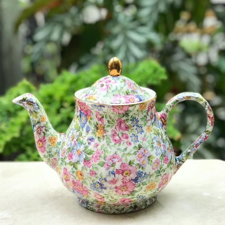 "126 Likes, 5 Comments - Harmony Piring16 (@harmony_piring16) on Instagram: ""Vintage Chintz Teapot by Arthurwood & Sons England #goodafternoon #afternoontea #teawithlove…"""
