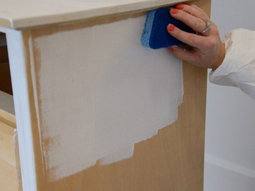 Furniture Makeover: How to Whitewash a Dresser