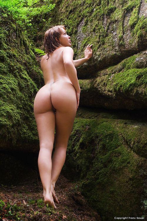Lignes de bronzage nues