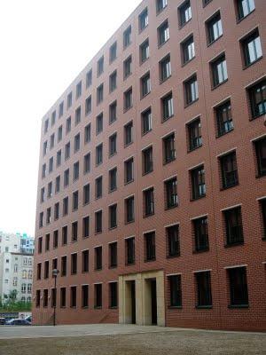 Architectural Hints: Berlin- Giorgio Grassi