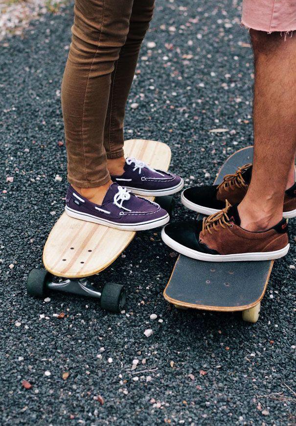 skateboarding-girl-engagement-couple-bush-photography-inspiration3