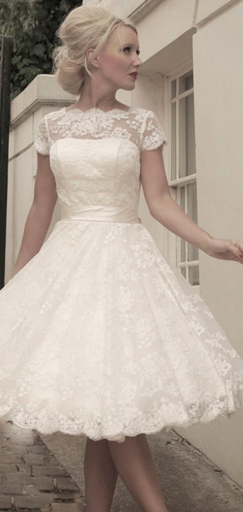 Amazing short lace wedding dress ii love it