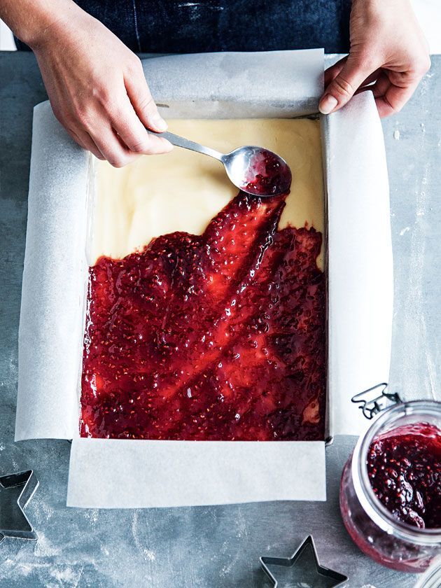 How To Shortbread And Raspberry Slice | Donna Hay