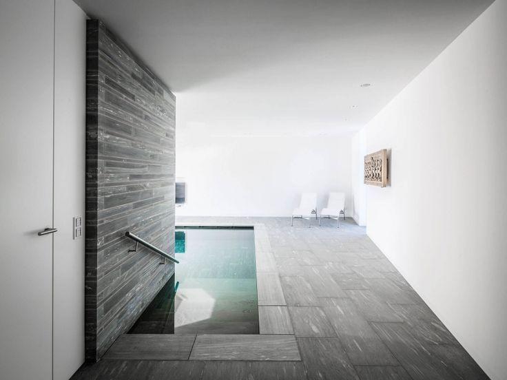 moderner Pool Bilder Naturstein Valser Quarzit
