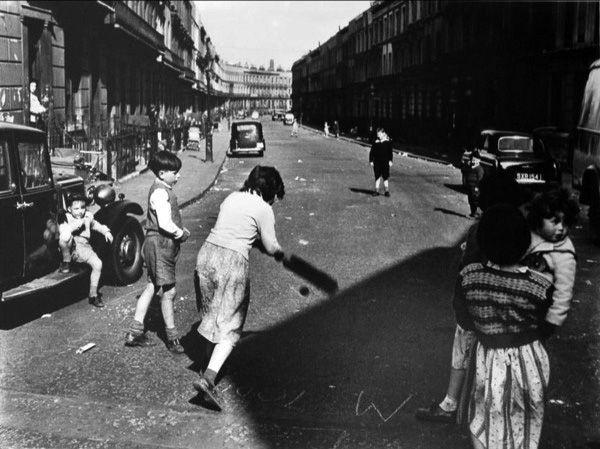 Street Cricket, Clarendon Cresent  1957  Roger Mayne