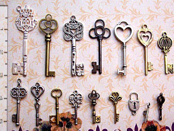 3 pc Antique Vintage look skeleton key lot pendant craft steampunk jewelry